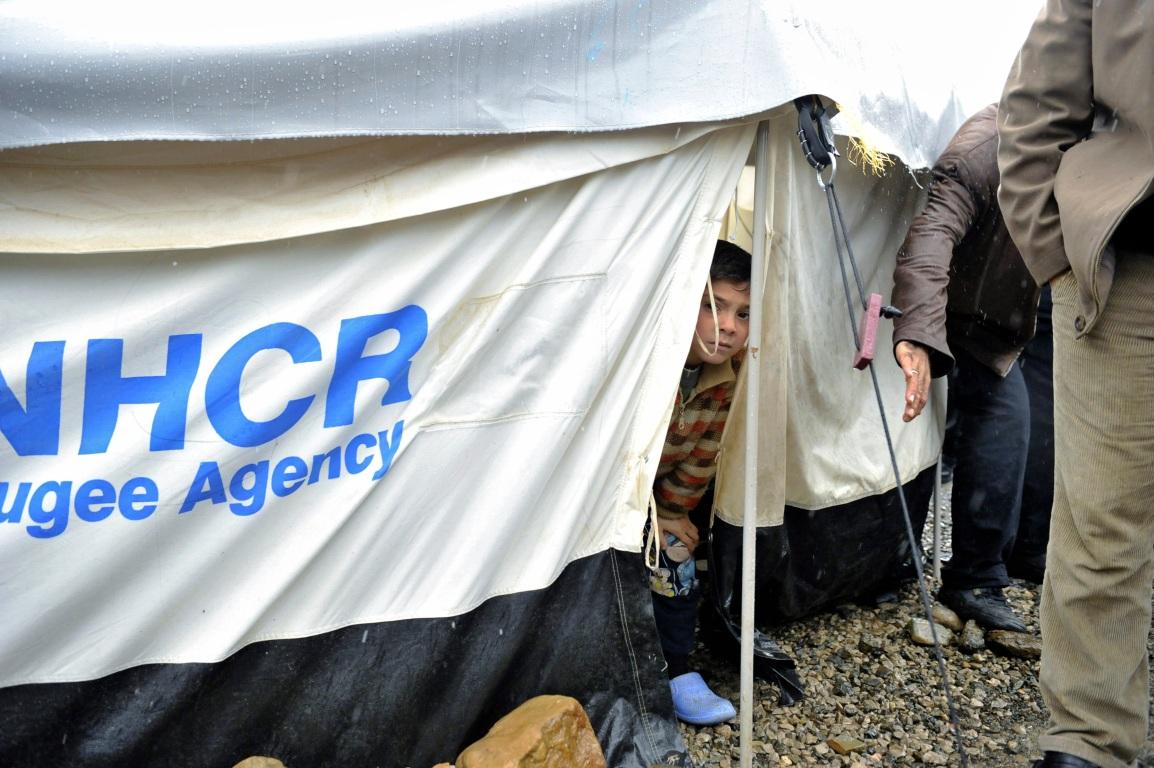The Unbearable Lightness of bargaining: the EU, Turkey and therefugees
